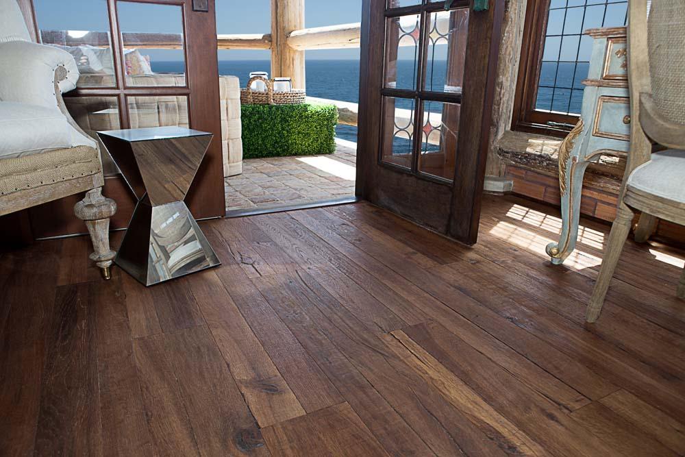 New York, Sealing Hardwood Flooring- Do's and Don'ts For New Floors